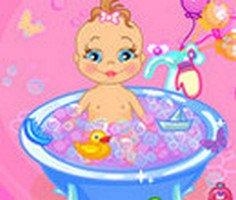 Bebek Banyo Yaptırma