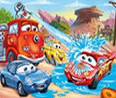 Konusan Arabalar Yapboz oyunu oyna